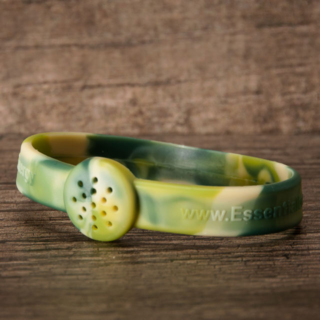 Outdoors silicone bracelet for aromatherapy oils
